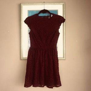 H&M lace dress size 2